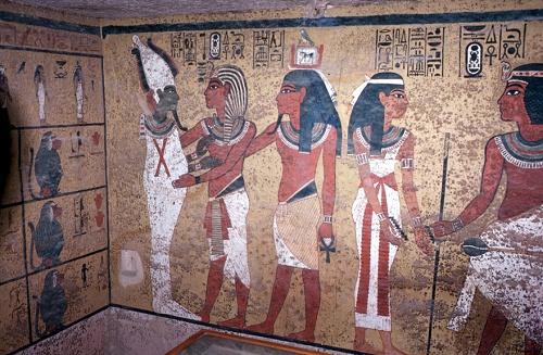 tut-burial-chamber