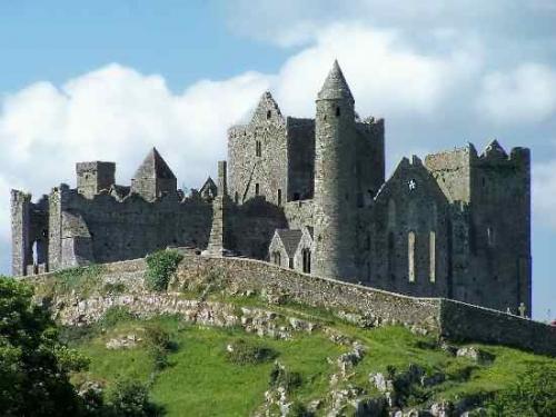 Ireland's oldest pub – est. 1198 The Rock of Cashel