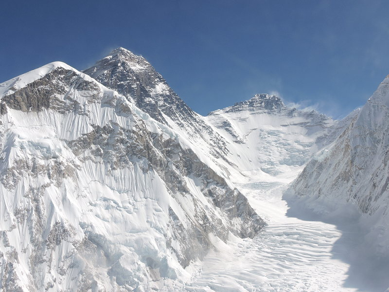 Western Cwm of Everest at 7,000m/23,000ft, Everest to left, Lhotse straight ahead