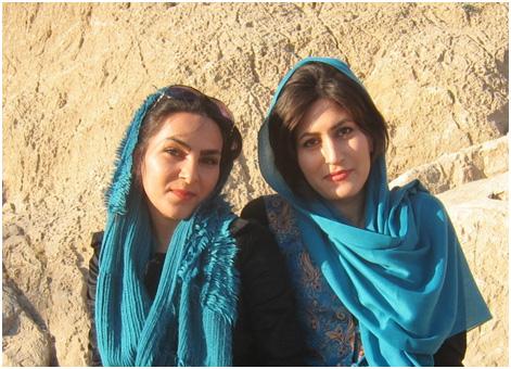 women-in-scarves