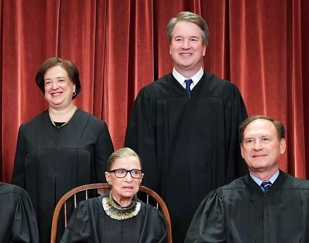 supreme-court-portrait-day