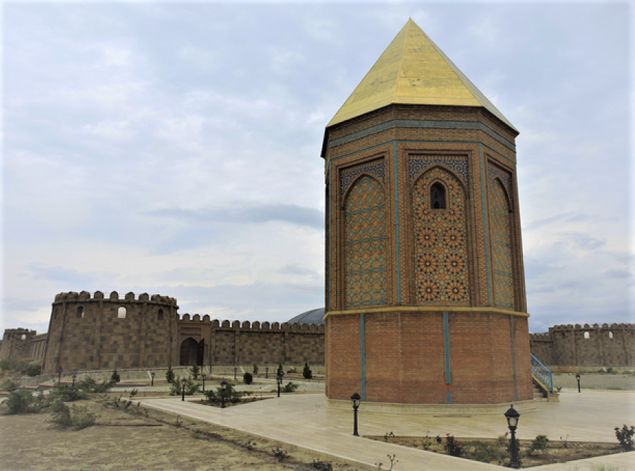 noah-burial-ground-in-nakhchivan
